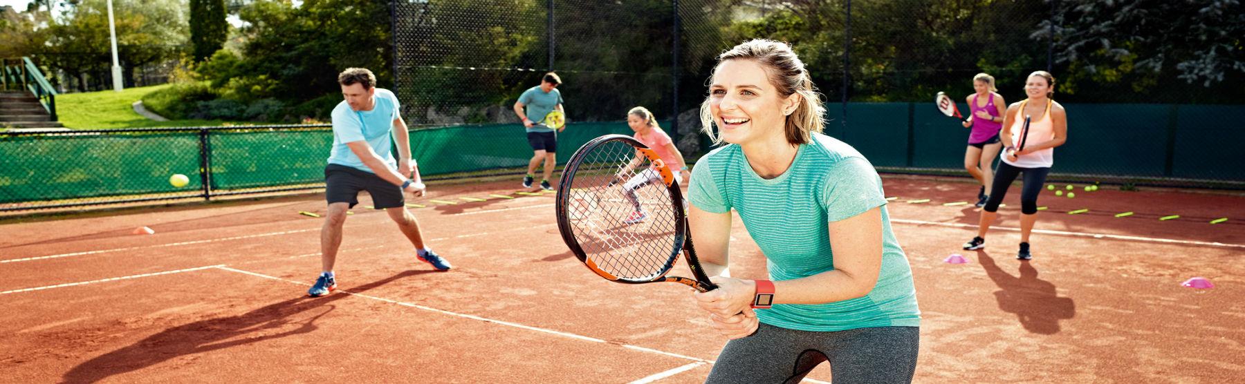 тренировка по большому теннису