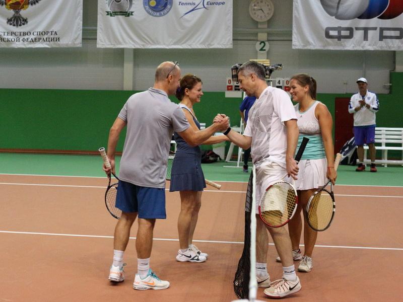 корпоративный теннис